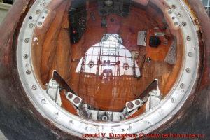Спускаемый аппарат космического корабля Восток-1 в павильоне Космос на ВДНХ