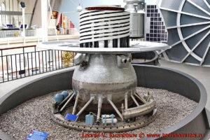Макет спускаемого аппарата станции Венера-9 в павильоне Космос на ВДНХ