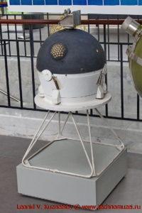 Марсианский зонд в павильоне Космос на ВДНХ