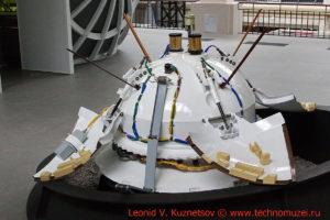Макет спускаемого модуля станции Марс-3 в павильоне Космос на ВДНХ