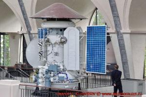 Макет станции Марс-5 в павильоне Космос на ВДНХ