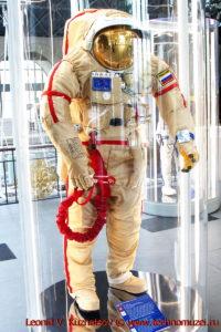 Скафандр Орлан-МКС в павильоне Космос на ВДНХ
