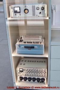 Приборы космической отрасли в павильоне Космос на ВДНХ