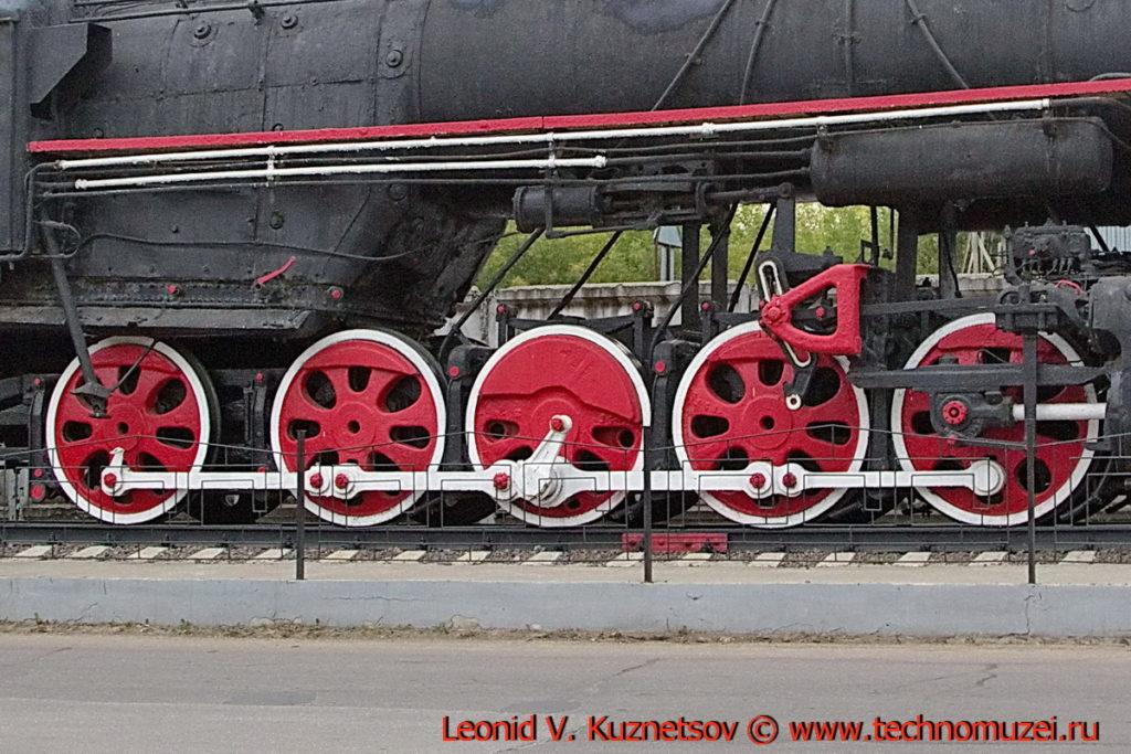 Паровоз Л-1822 на памятнике железнодорожникам в Мценске