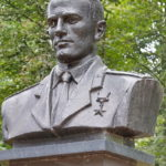 Аллея героев в Парке пионеров в Мценске