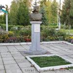 Могила летчика Г. Г. Гуськова в Нарышкино Орловской области