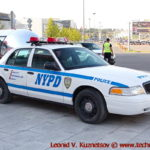 Ford Crown Victoria Police Interceptor у ТЦ Вегас на 66 км МКАД в Москве