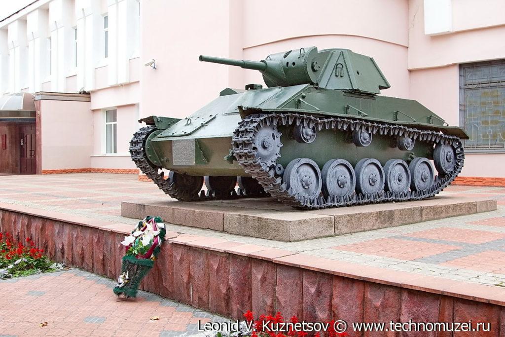 Танк Т-70 у Орловского военно-исторического музея