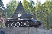 Танк Т-34-85 памятник в Ленино-снегиревском Военно-историческом музее