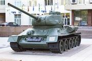 Танк Т-34-85 памятник в Северном Тушино, Москва