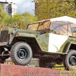 Памятник автомобиль ГАЗ-67Б в Совхозе имени Ленина