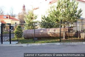 Фрагмент колонны снесенного памятника Ивану Сусанину в Костроме