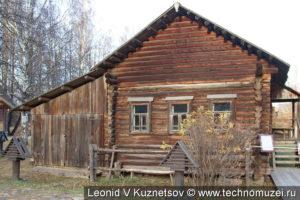 Дом крестьянки Чапыгиной в этнографическом музее Костромская слобода