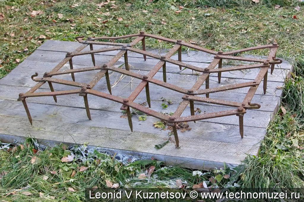 Конная зубовая борона в этнографическом музее Костромская слобода