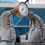 Скульптура Чиновник и предприниматель в Орловском ГРИНН Центре