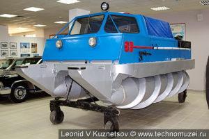 Шнекоход ЗиЛ-2906 в музее ЗиЛ в Сокольниках