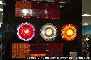 Стенд со светотехникой в музее ЗиЛ в Сокольниках