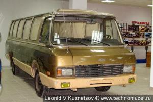 ЗиЛ-3207 Юность в музее ЗиЛ в Сокольниках