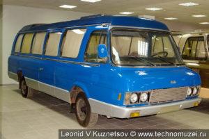ЗиЛ-32071 Юность в музее ЗиЛ в Сокольниках