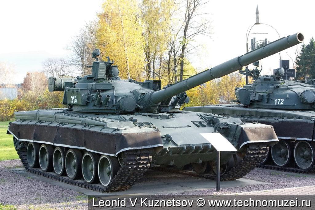 Танк Т-80Б в музее танка Т-34