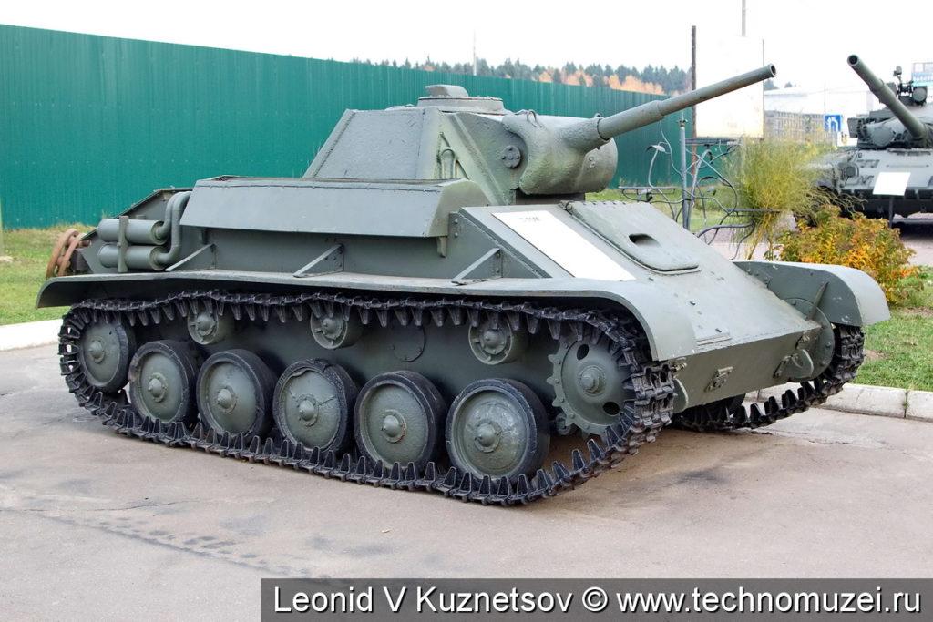 Танк Т-70М в музее истории танка Т-34