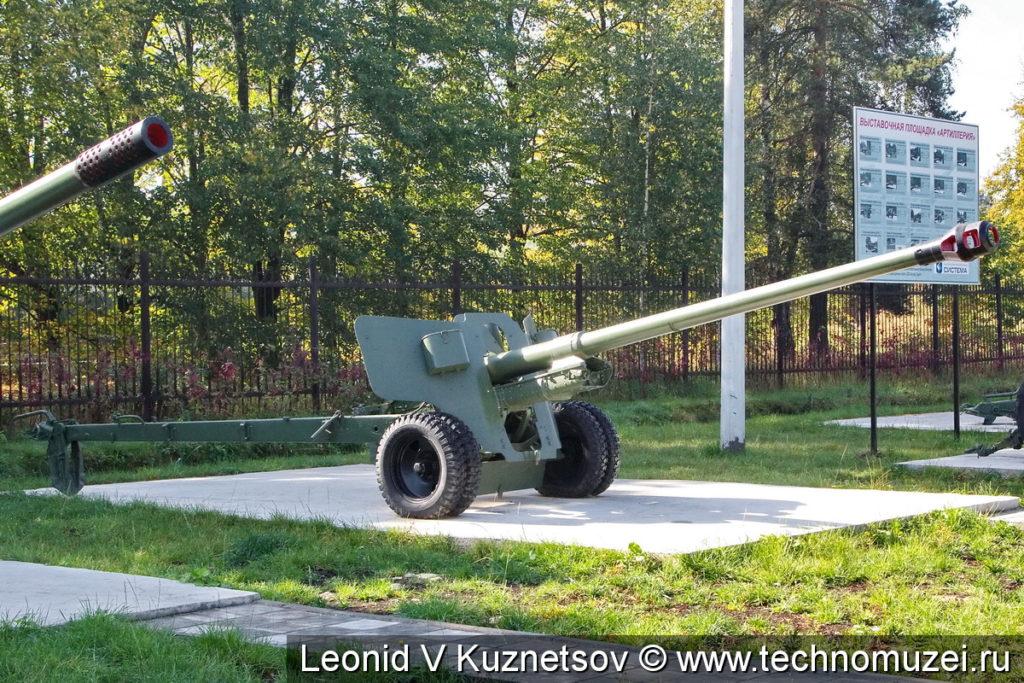 Пушка БС-3 в Ленино-Снегиревском военно-историческом музее