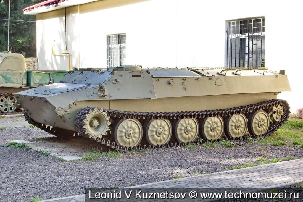 Тягач МТ-ЛБв в Ленино-Снегиревском военно-историческом музее