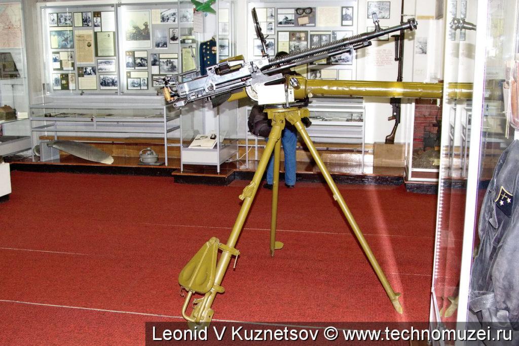 12,7-мм зенитный пулемет ДШК на станке Колесникова в музее войск ПВО в Балашихе