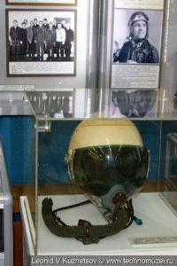 Шлем ЗШ-5АП с кислородной маской КМ-34 в музее войск ПВО в Балашихе