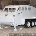 Канадский снегоход Bombardier B-8 в музейном комплексе парка Патриот