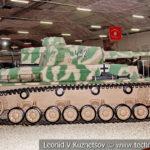 Немецкий средний танк Pz. Kpfw. IV в музейном комплексе парка Патриот