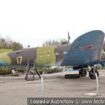 Военно-транспортный самолет Ли-2 1938 года в музее Победы на Поклонной горе