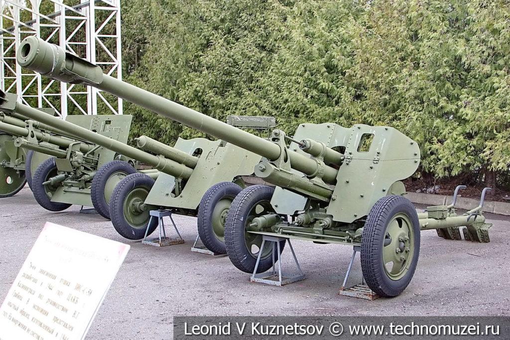 76-мм опытная дивизионная пушка БЛ-14 1944 года в музее Победы на Поклонной горе