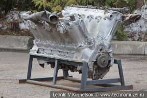 V-образный авиационный двигатель в музее Победы на Поклонной горе