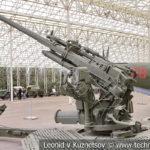90-мм американская зенитная пушка M1 1939-1940 года в музее Победы на Поклонной горе