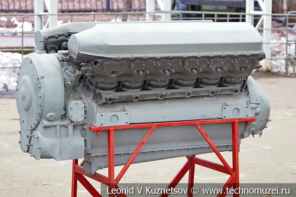 Авиационный двигатель М-105 1940 года в музее Победы на Поклонной горе