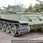 """Средний танк Т-34-76 """"От рабочих Казахстана"""" 1942 года в музее Победы на Поклонной горе"""