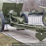 122-мм полевая гаубица образца 1910/1930 годов на дисковых колесах с передком в музее Победы на Поклонной горе