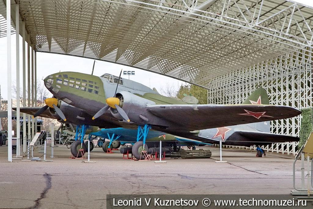 Дальний бомбардировщик Ил-4 (ДБ-3Ф) 1936 года в музее Победы на Поклонной горе