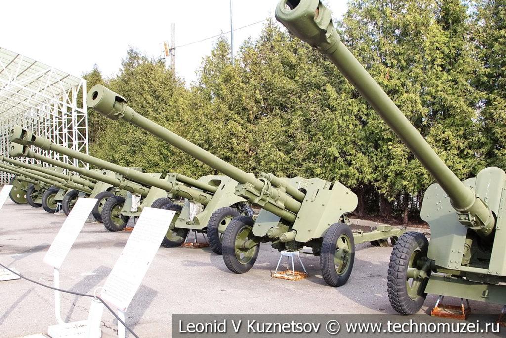 Артиллерия в музее Победы на Поклонной горе