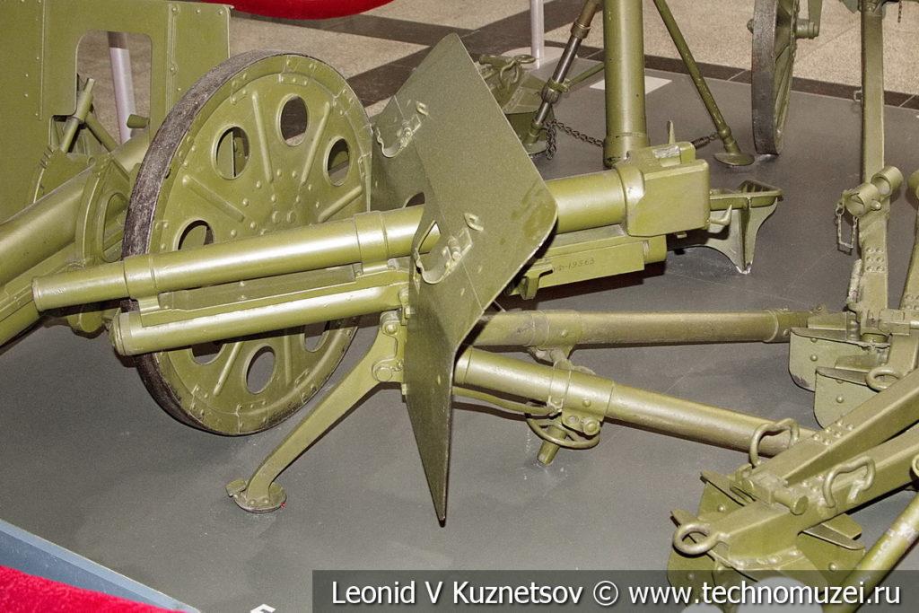 37-мм пехотная пушка Type 11 Путо (Puteaux) 1922 года в музее Победы на Поклонной горе