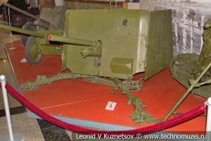 Английская 40-мм противотанковая пушка Vickers Mk.I в музее Победы на Поклонной горе