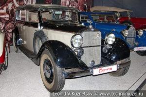 Кабриолет Mercedes-Benz 290 (W-18) 1937 года в автомузее Моторы Октября в Москве