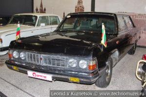 ГАЗ-14 Чайка в автомузее Моторы Октября в Москве