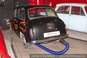 Запорожец ЗАЗ-965 хот-род в автомузее Моторы Октября в Москве