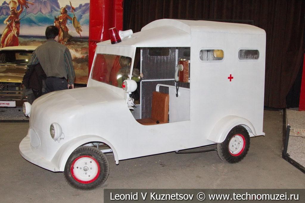 Мотоколяска С-3А скорая помощь в автомузее Моторы Октября в Москве