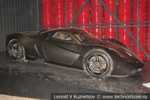Суперкар Marussia B1 в автомузее Моторы Октября в Москве
