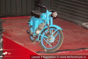 Мотоцикл Минск М-104 в автомузее Моторы Октября в Москве