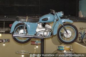 Мотоцикл ИЖ-Юпитер в автомузее Моторы Октября в Москве