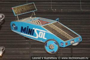 Самодельный солнцемобиль MiniSol в автомузее Моторы Октября в Москве